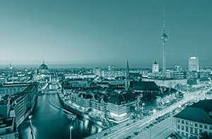 Bild von Berlin mit Spree und Fernsehturm